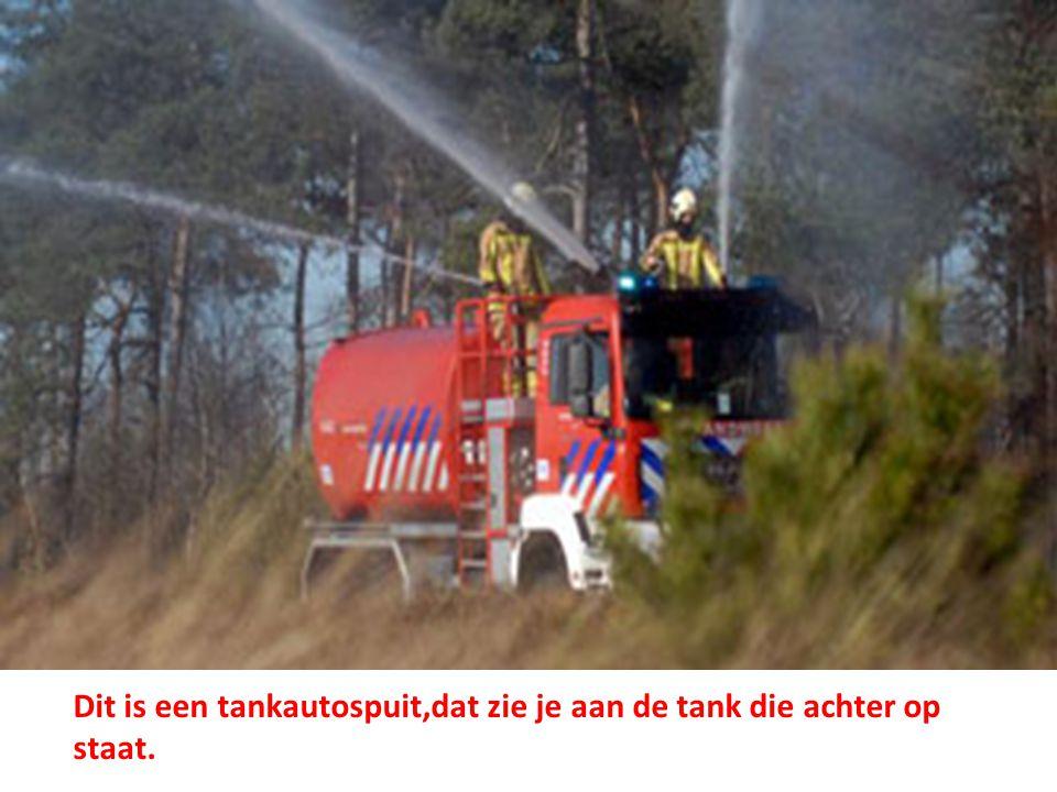 Autoladders.• Met de autoladders kunnen ze mensen van hogere verdiepingen redden bij brand.