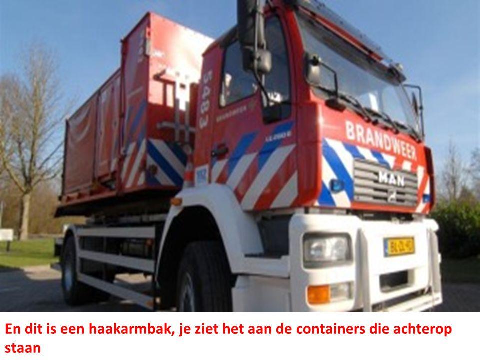 Blusboten • Langs de grote rivieren en in gemeenten met veel water, heeft de brandweer ook blusboten.