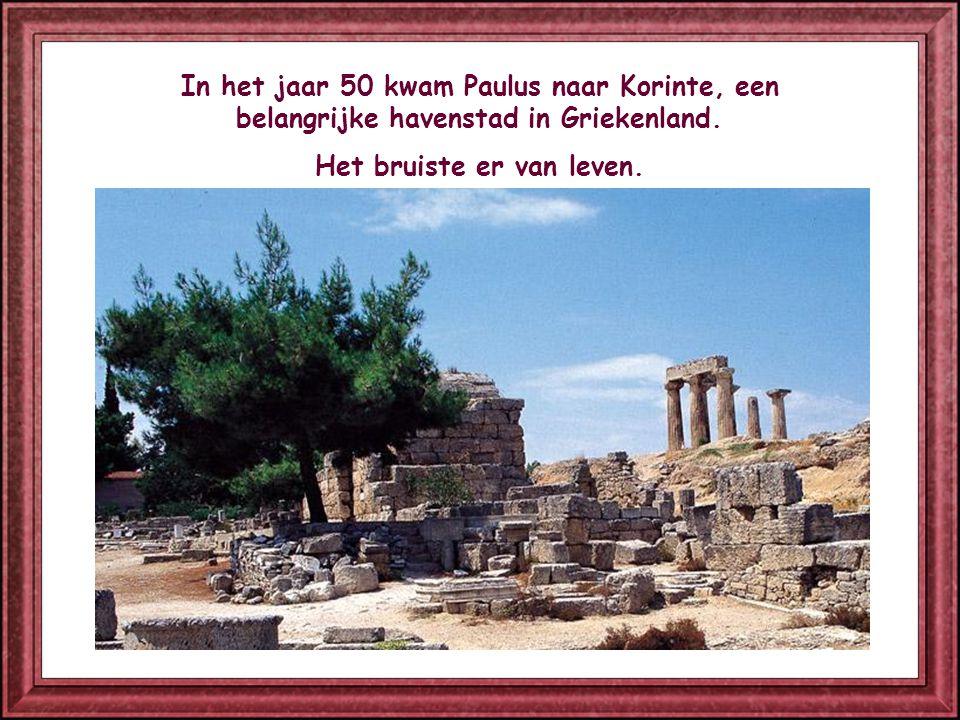 In het jaar 50 kwam Paulus naar Korinte, een belangrijke havenstad in Griekenland.