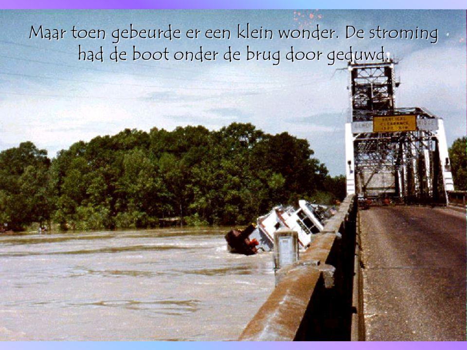 En omdat het allemaal zo snel was gegaan was er betrekkelijk weinig water in de boot gelopen.