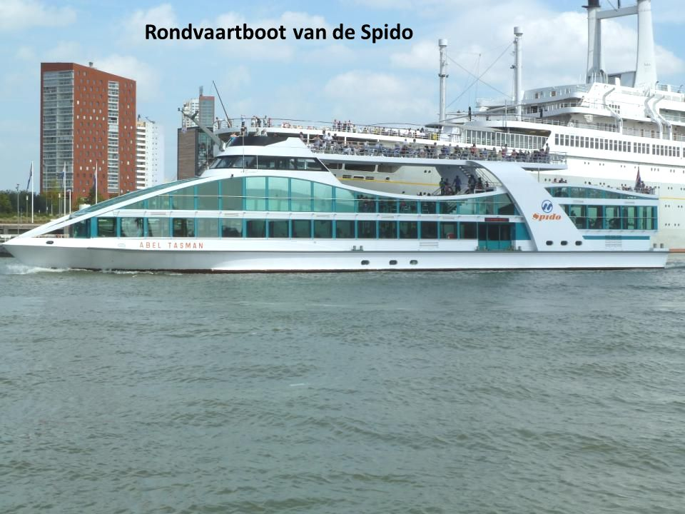 Rondvaartboot van de Spido
