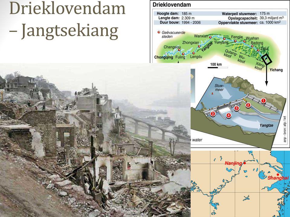 Zijn stuwdammen goed of slecht.Water is ongelijk verdeeld in de wereld.
