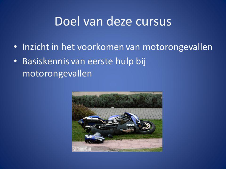 Studie van motorongevallen Afnemende ongevalkans bij o.a.