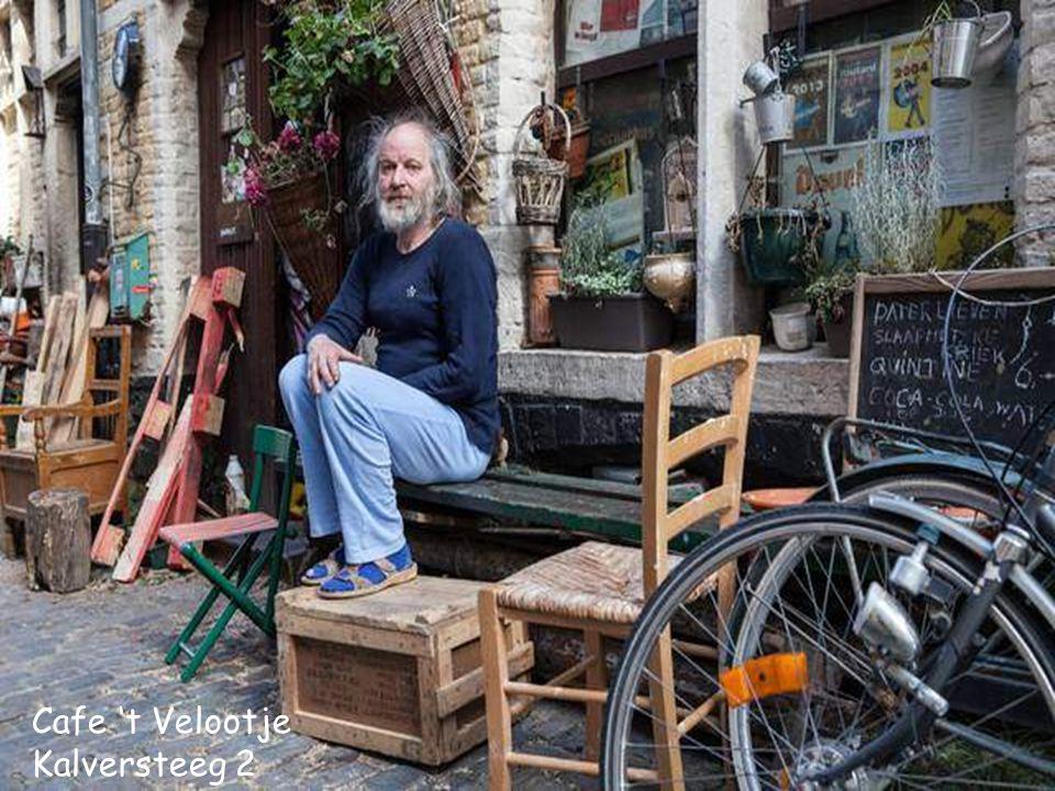 Cafe 't Velootje Kalversteeg 2