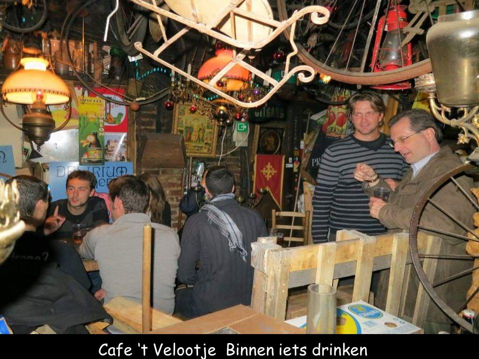 Cafe 't Velootje Binnen iets drinken
