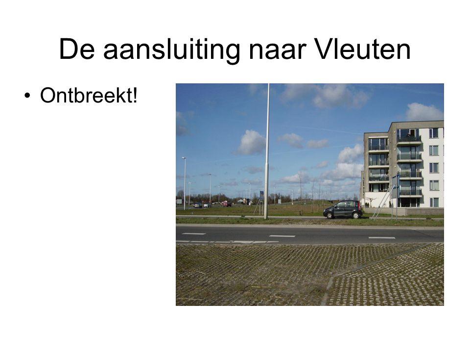 Overbodig stoplicht in route vanaf de Zandweg De bus heeft een stoplicht om voorrang te krijgen.