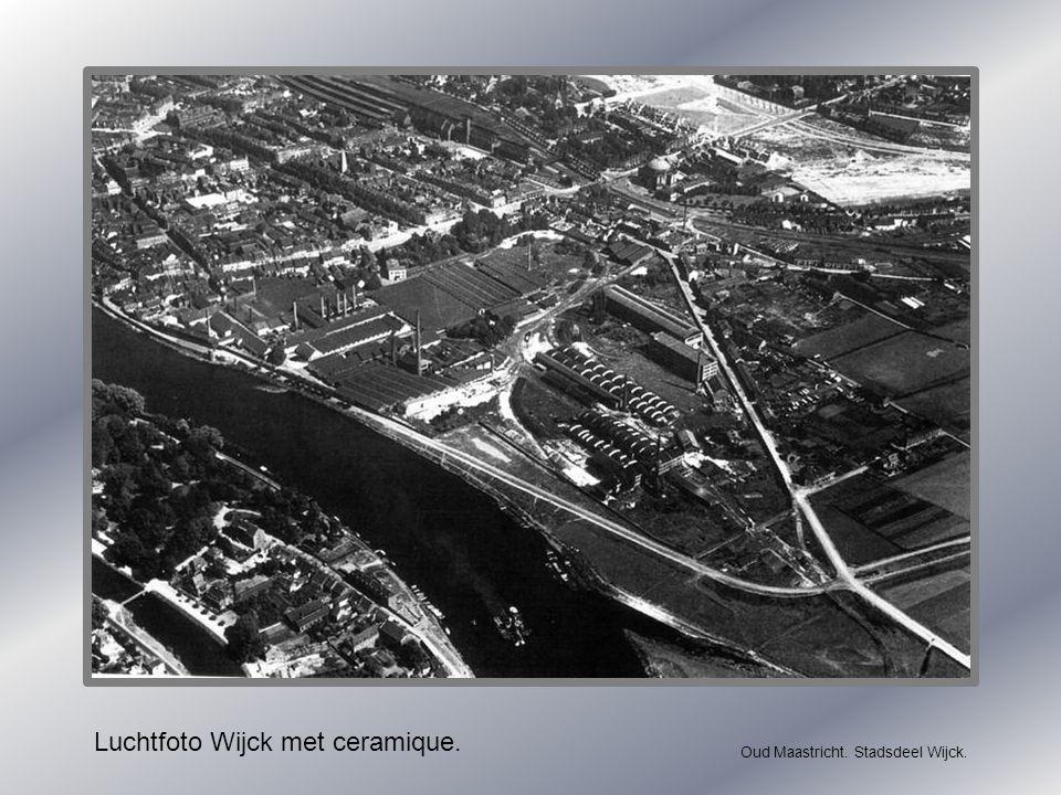 Luchtfoto Wijck met ceramique.