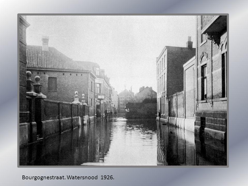 Bourgognestraat. Watersnood 1926.