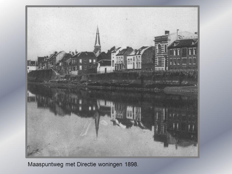 Maaspuntweg met Directie woningen 1898.