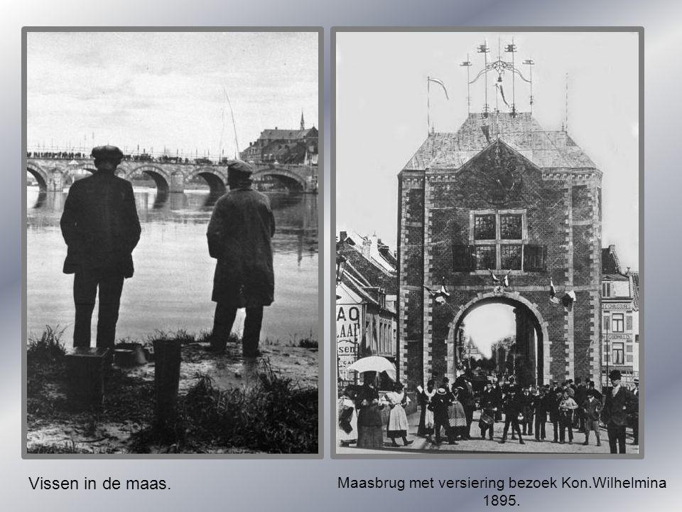 Vissen in de maas. Maasbrug met versiering bezoek Kon.Wilhelmina 1895.