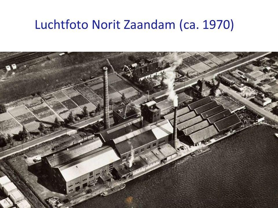 Luchtfoto Norit Zaandam (ca. 1970)