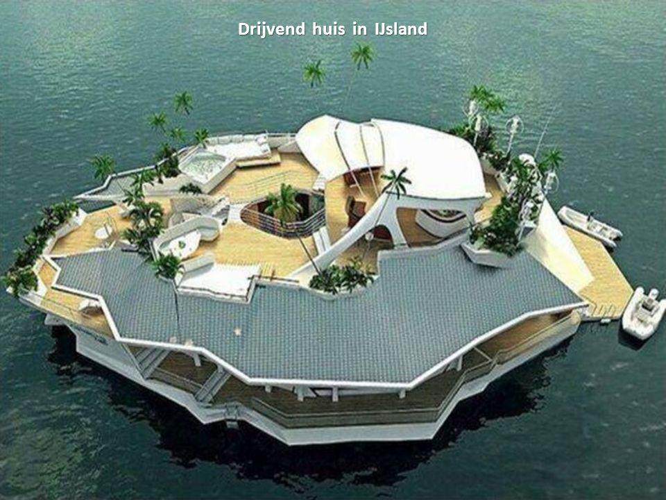 Drijvend huis in IJsland