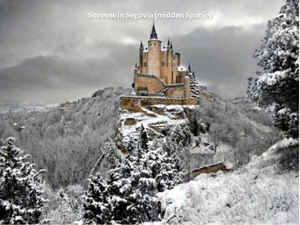 Sneeuw in Segovia (midden Spanje)