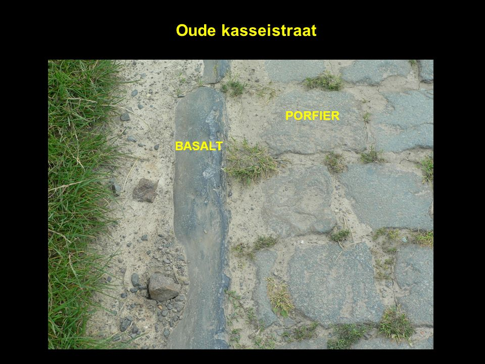 Oude kasseistraat PORFIER BASALT
