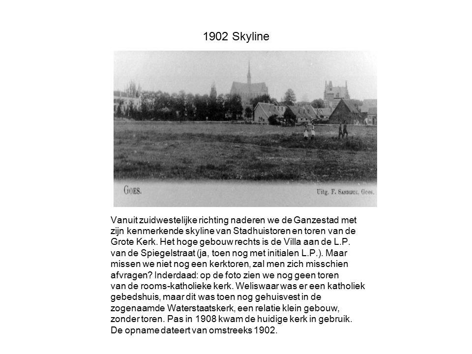 1902 Skyline Vanuit zuidwestelijke richting naderen we de Ganzestad met. zijn kenmerkende skyline van Stadhuistoren en toren van de.