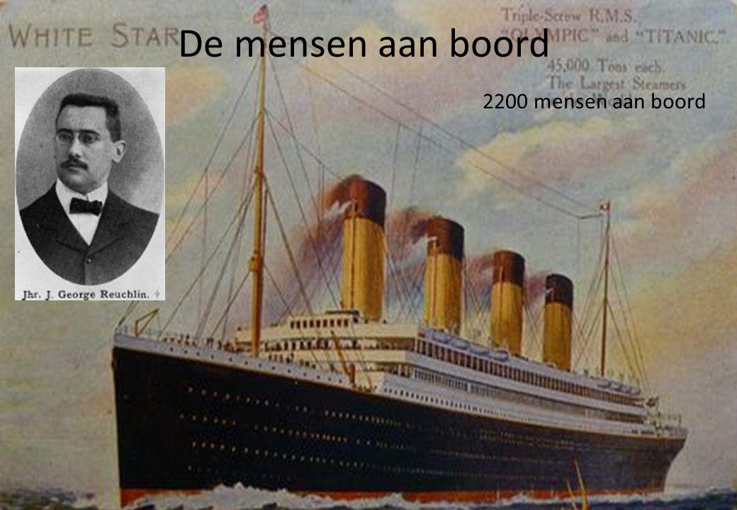 De mensen aan boord 2200 mensen aan boord