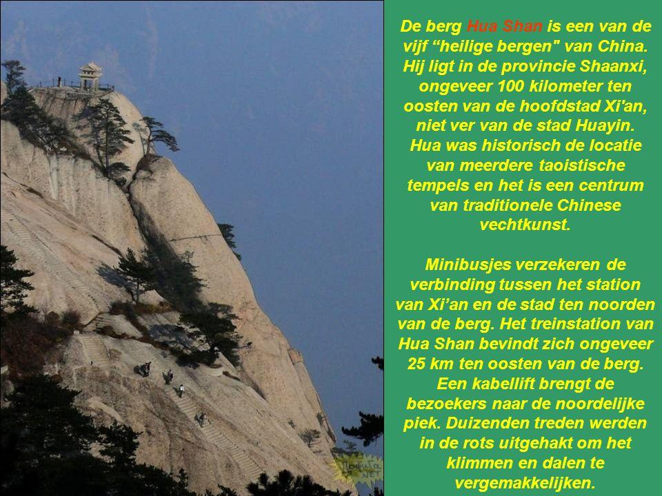De berg Hua Shan is een van de vijf heilige bergen van China