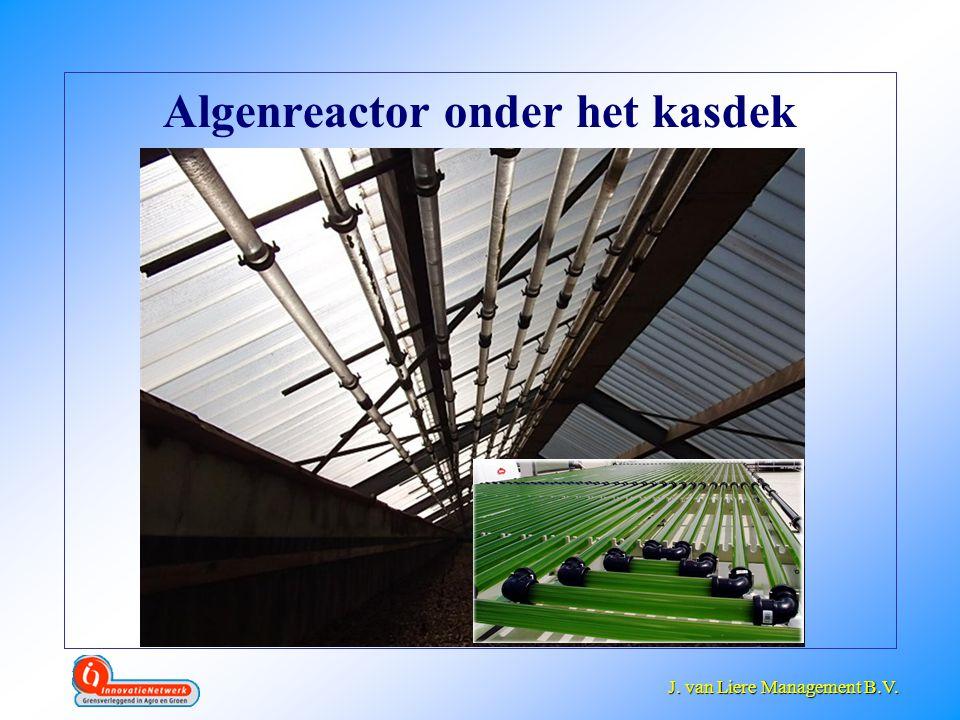 Algenreactor onder het kasdek