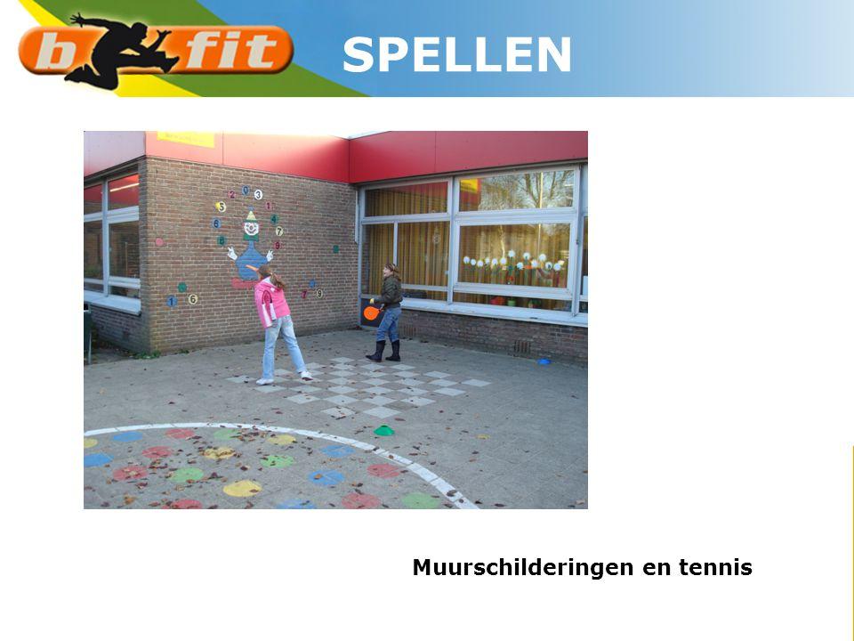 SPELLEN Muurschilderingen en tennis