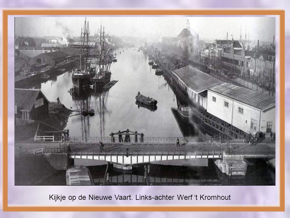 Kijkje op de Nieuwe Vaart. Links-achter Werf 't Kromhout