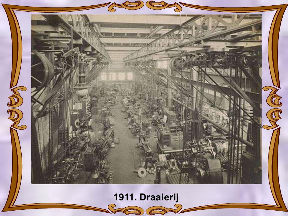 1911. Draaierij