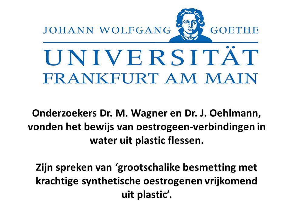 water uit plastic flessen.