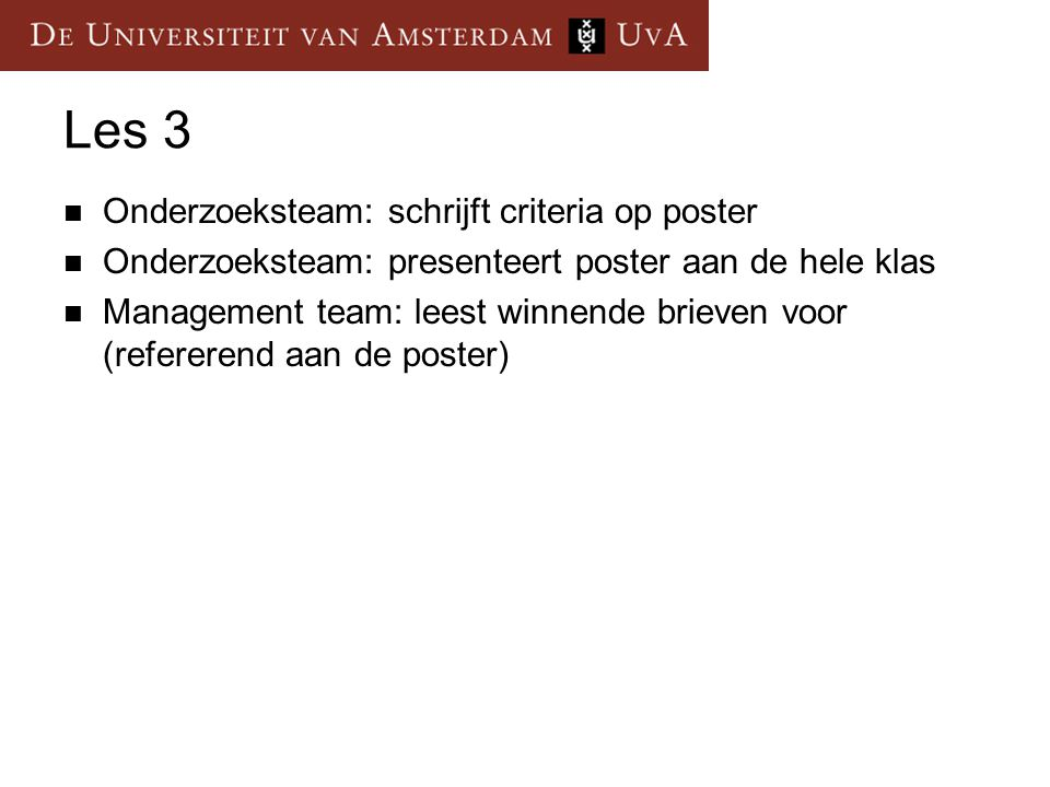 Les 3 Onderzoeksteam: schrijft criteria op poster