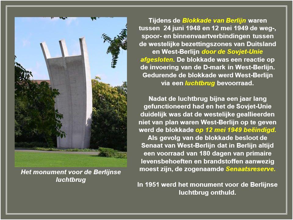In 1951 werd het monument voor de Berlijnse luchtbrug onthuld.