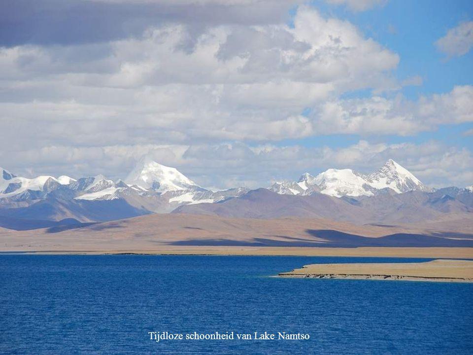 Tijdloze schoonheid van Lake Namtso