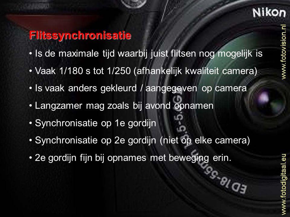 Flitssynchronisatie Is de maximale tijd waarbij juist flitsen nog mogelijk is. Vaak 1/180 s tot 1/250 (afhankelijk kwaliteit camera)