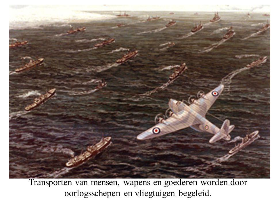 Transporten van mensen, wapens en goederen worden door oorlogsschepen en vliegtuigen begeleid.
