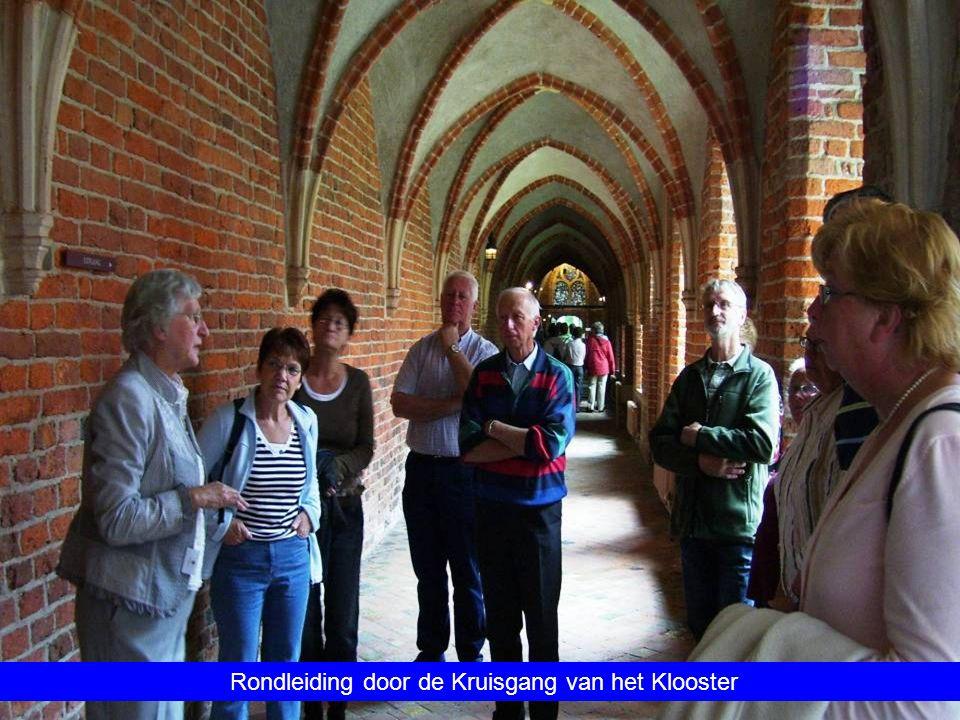 Rondleiding door de Kruisgang van het Klooster