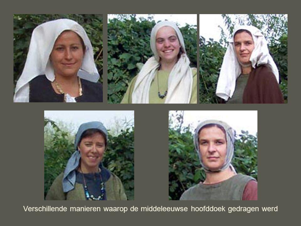 Verschillende manieren waarop de middeleeuwse hoofddoek gedragen werd