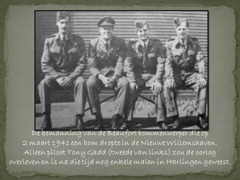 De bemanning van de Beaufort bommenwerper die op