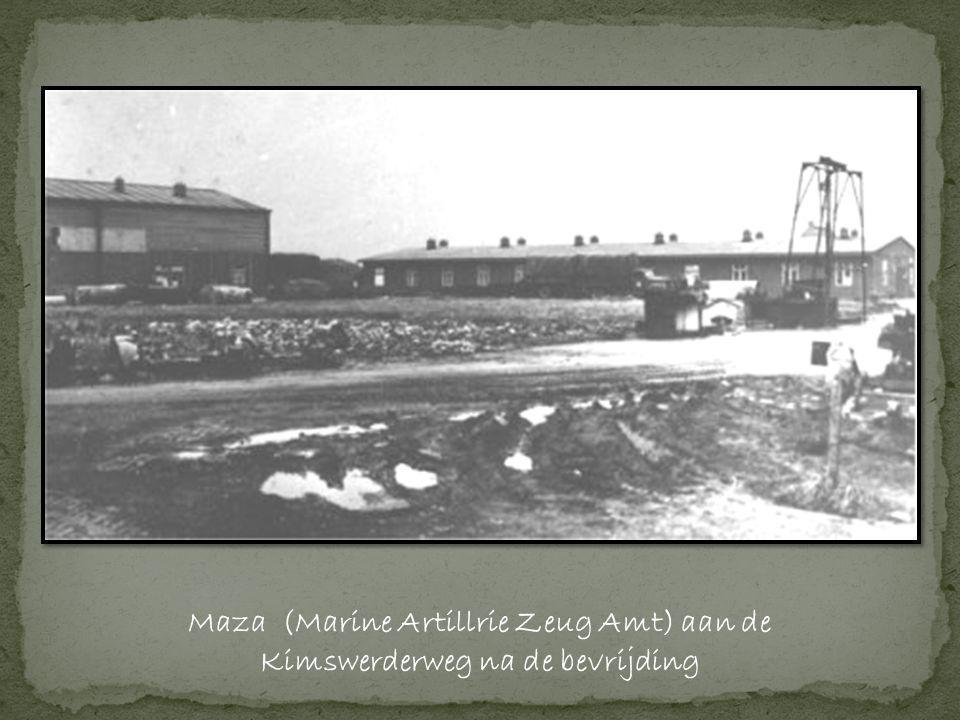 Maza (Marine Artillrie Zeug Amt) aan de Kimswerderweg na de bevrijding