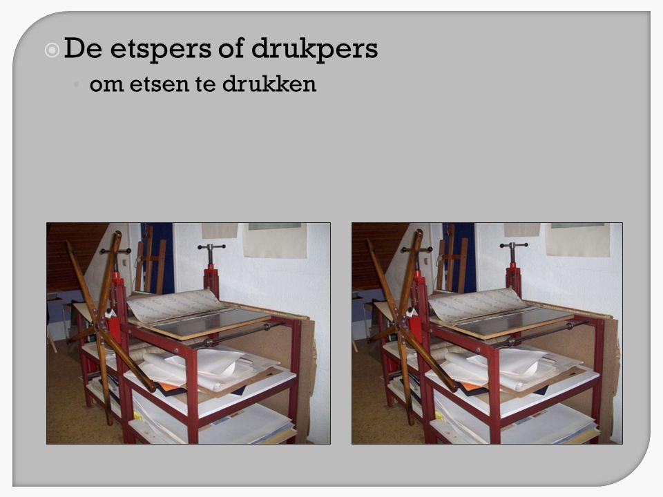 De etspers of drukpers om etsen te drukken