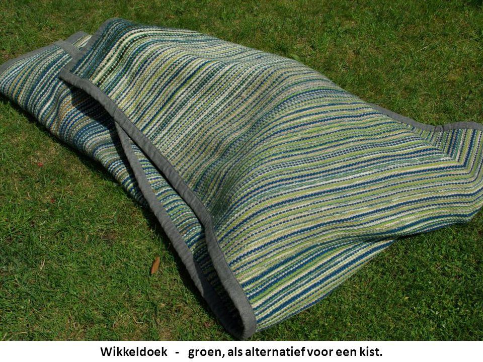 Wikkeldoek - groen, als alternatief voor een kist.