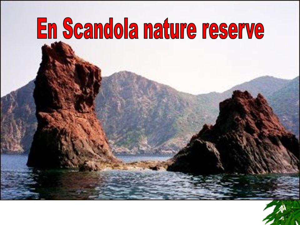 Bezienswaardigheden En Scandola nature reserve
