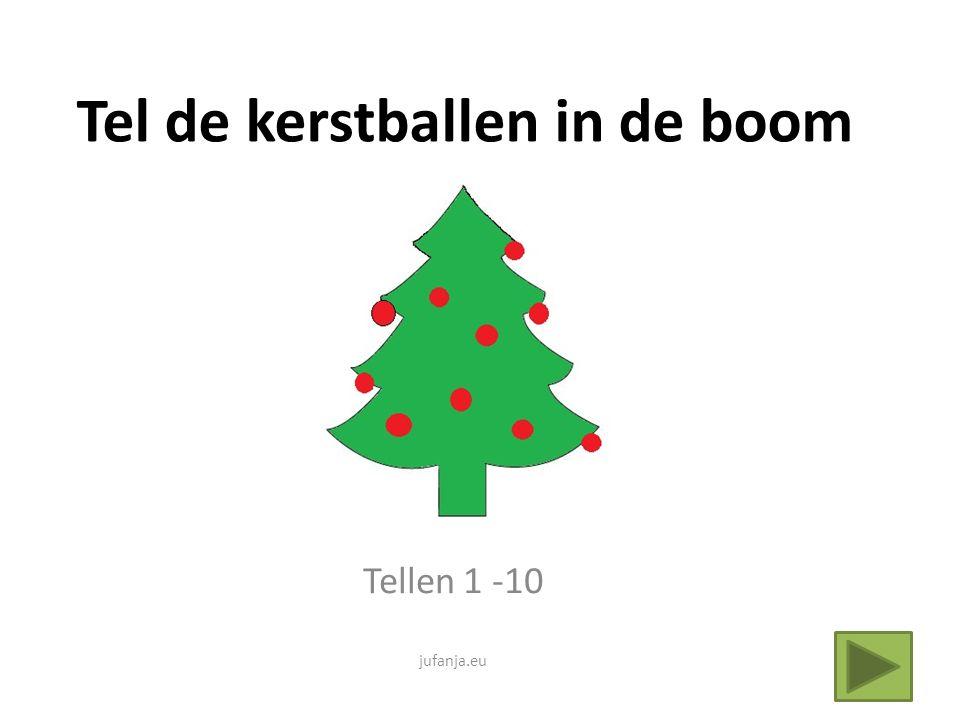 Tel de kerstballen in de boom