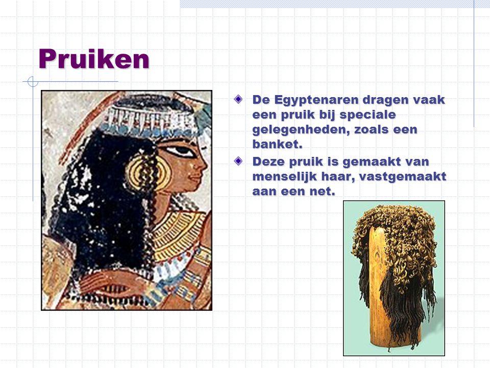 Pruiken De Egyptenaren dragen vaak een pruik bij speciale gelegenheden, zoals een banket.
