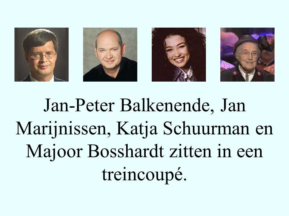 Jan-Peter Balkenende, Jan Marijnissen, Katja Schuurman en Majoor Bosshardt zitten in een treincoupé.
