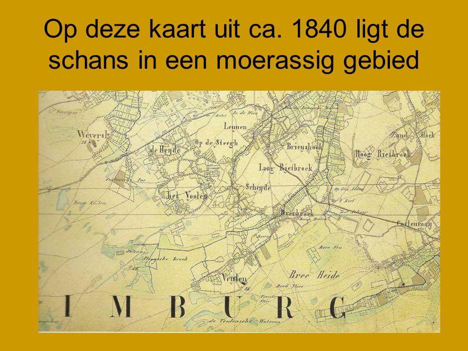 Op deze kaart uit ca. 1840 ligt de schans in een moerassig gebied