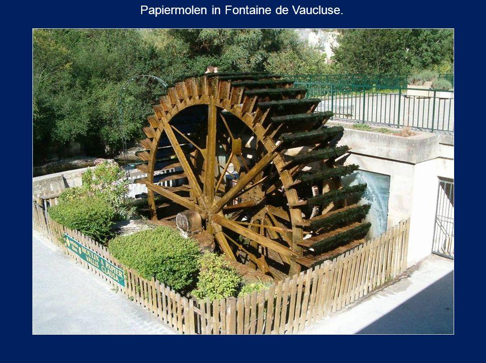 Papiermolen in Fontaine de Vaucluse.