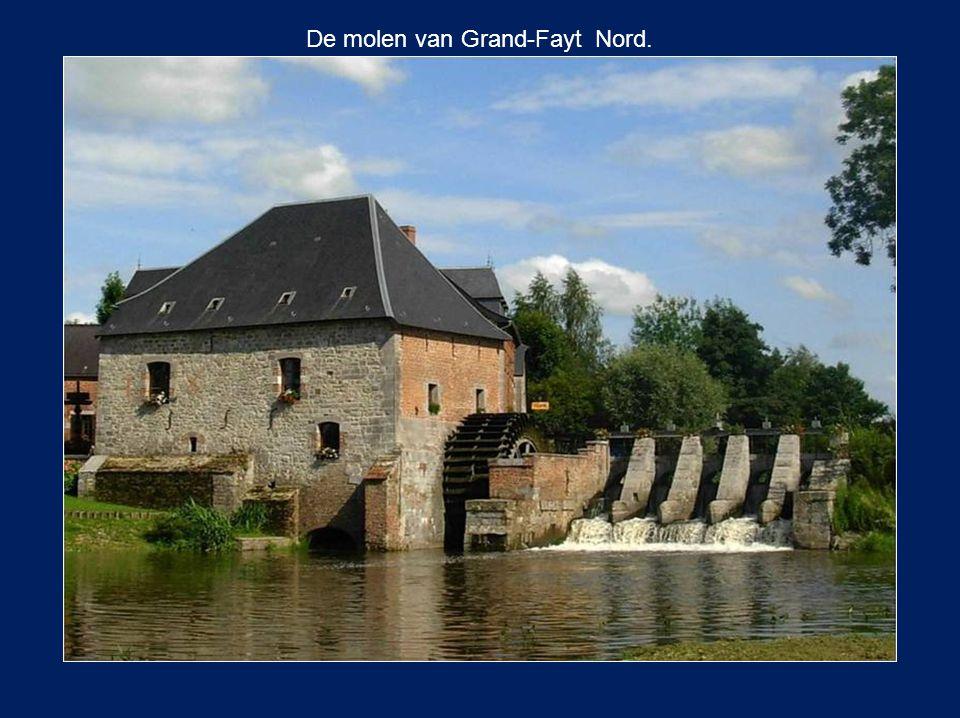 De molen van Grand-Fayt Nord.