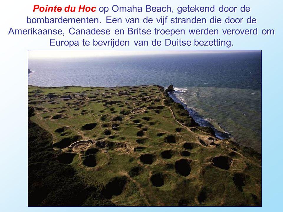 Pointe du Hoc op Omaha Beach, getekend door de bombardementen