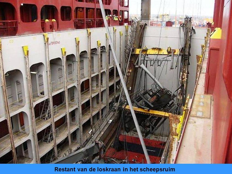 Restant van de loskraan in het scheepsruim