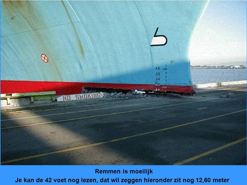 Remmen is moeilijk Je kan de 42 voet nog lezen, dat wil zeggen hieronder zit nog 12,60 meter