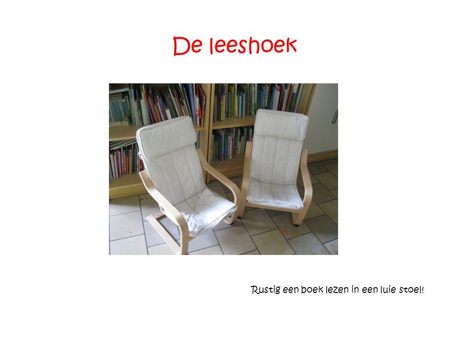 Rustig een boek lezen in een luie stoel!