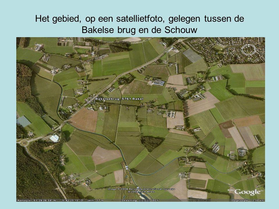 Het gebied, op een satellietfoto, gelegen tussen de Bakelse brug en de Schouw