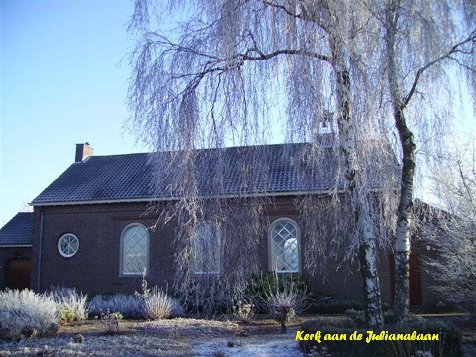 Kerk aan de Julianalaan